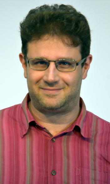 Dr. Kristóf Kovács