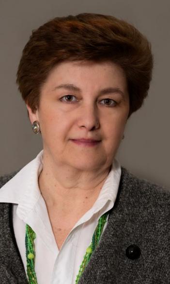 Dr. Éva Szabolcs