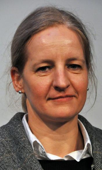 Dr. Szilvia Vincze