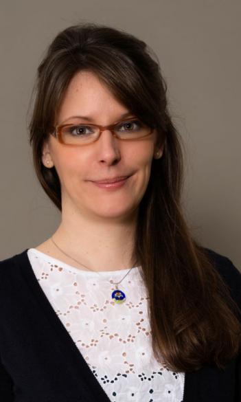 Dr. Dóra Lévai