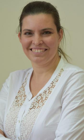 Dr. Eszter Pergelné Remete