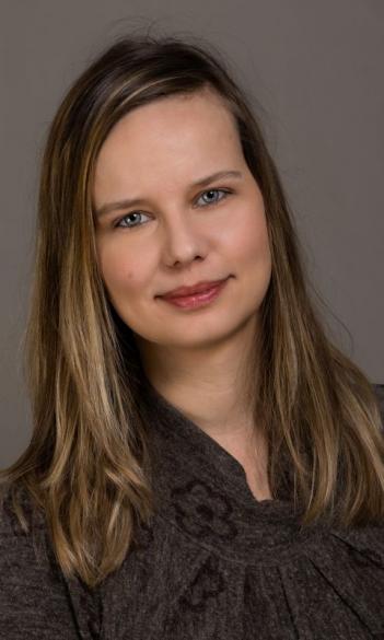 Dr. Renáta Cserjési
