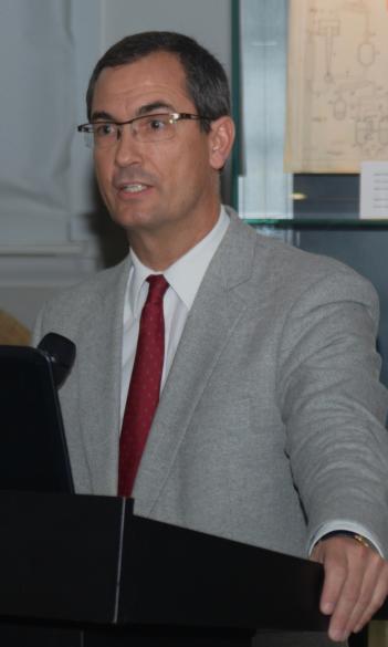 Dr. István Szijártó
