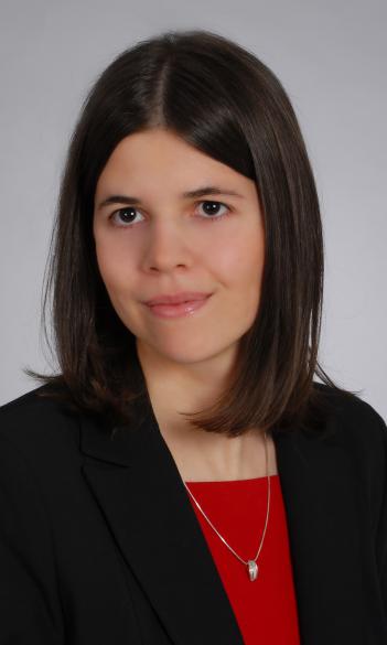 dr. Katalin Gyuricza